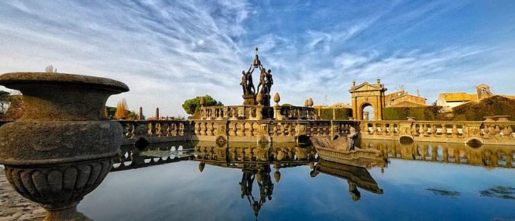 La Fontana del Palazzo dei Priori a Viterbo, simbolo del capoluogo della Tuscia