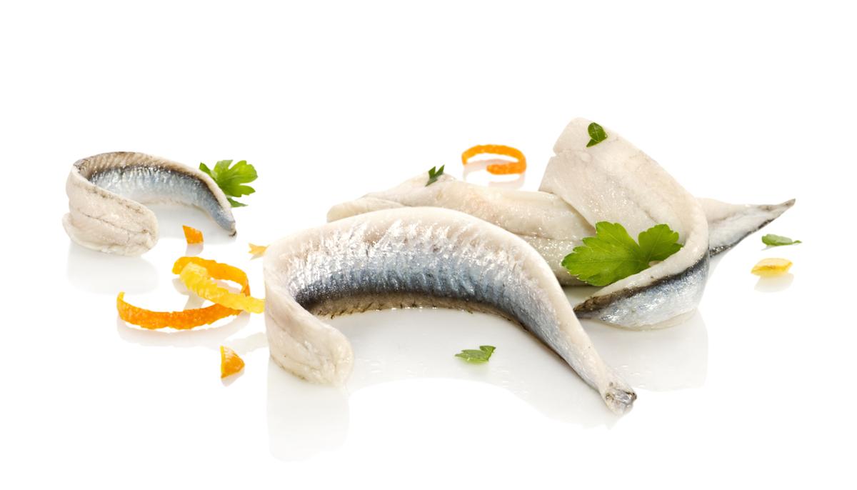 Il Pesce Azzurro Scopriamo Le Nobili Caratteristiche Del Cosiddetto