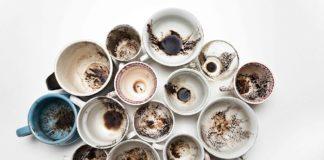 Caffeomanzia: l'arte di leggere il futuro attraverso i fondi del caffè