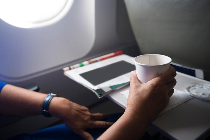 caffè o tè in aereo