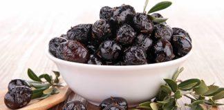 scopri come conservare le olive sotto sale e in salamoia