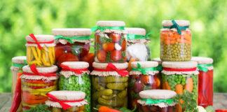 Evita il rischio di intossicazione da botulino, conserva correttamente gli alimenti sottolio
