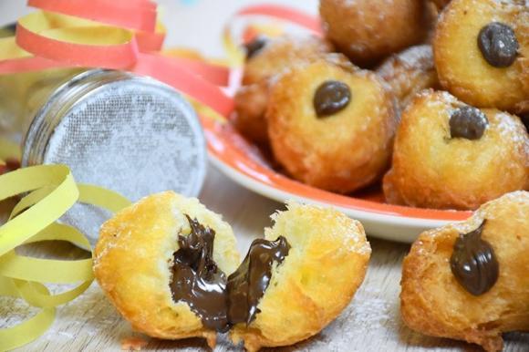 Tradizioni di Carnevale: prepara queste squisite Bignole con Nutella   Mondo Mangiare