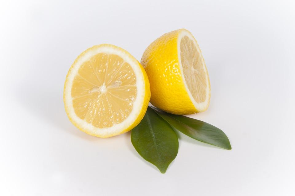 Prova la dieta del limone, per perdere peso e depurare il corpo in tre giorni | Mondo Mangiare