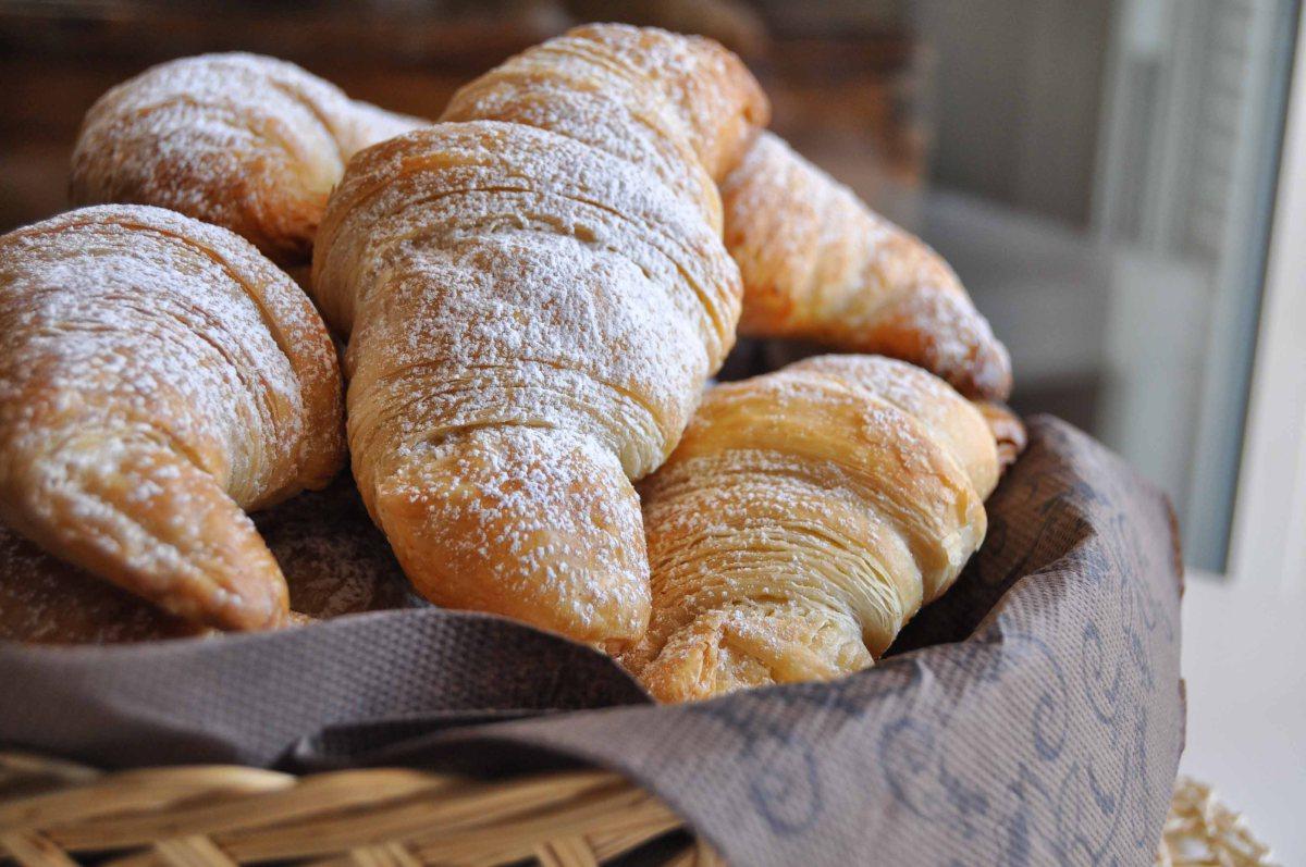Soffici Croissant fatti in casa, per un dolce risveglio!