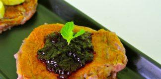 pancake vegan con frutti di bosco e barbabietole gluten free