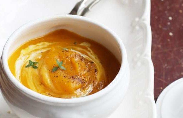 Vellutata di zucca e castagne, gustoso comfort food autunnale