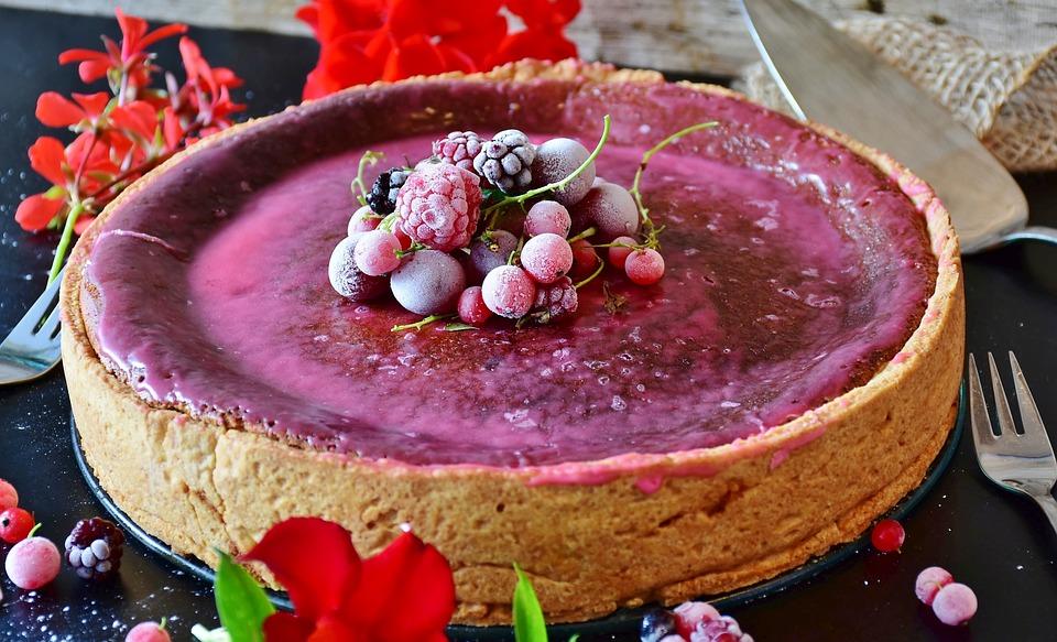 Dolce per la festa della mamma: Cheesecake con yogurt e frutti di bosco