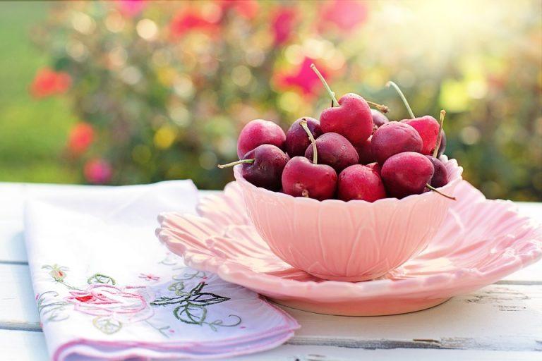 """""""Benefici e controindicazioni delle ciliegie"""" è l'articolo più letto della settimana. Scopri la Top 5!"""
