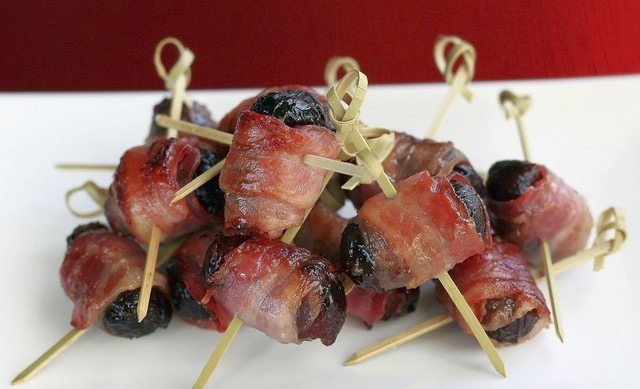 Prugne e bacon